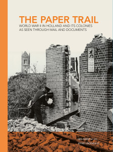 ThePaperTrail_COVER_open.indd